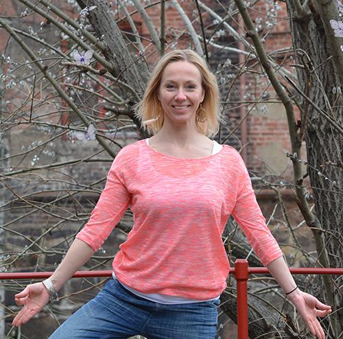 Anne Simone fra Nettyoga.no
